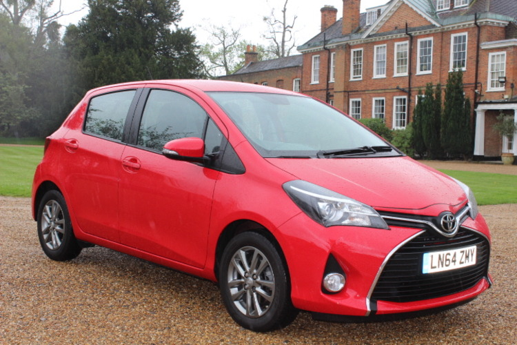 Toyota Yaris Icon<br />2014 Red Hatchback £7,850
