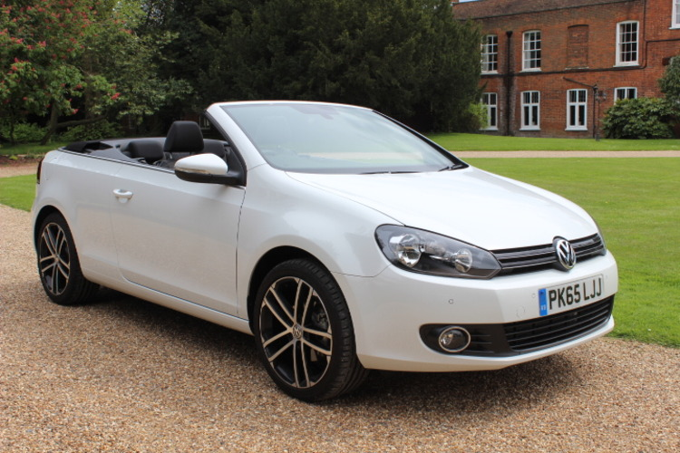 Volkswagen Golf BlueMotion Tech SE<br />2015 Pure White Convertible £17,000