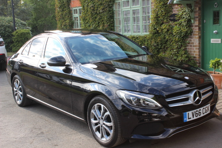 Mercedes-Benz C200d Sport (Premium)<br />2016 Metallic Black Saloon £22,750